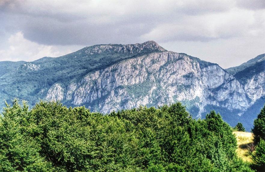 Widok na Mehedinti z grzbietu Cernei w rejonie Culmea Mare, photo by Robert Kmieć